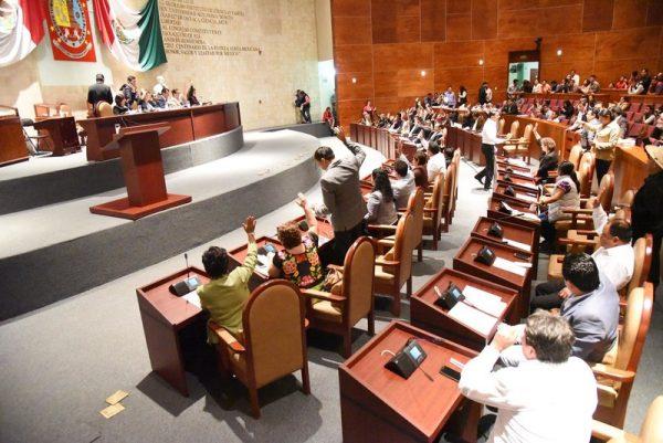 Autoriza Congreso al Poder Ejecutivo contratación de financiamientos para reconstruir zonas devastadas
