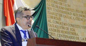 """""""Urgente resolver crisis financiera de la UABJO"""": Carol"""