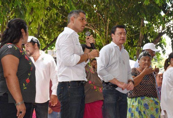 Entregan AMH y Osorio Chong apoyos por más de 47 MDP para reactivar la economía del Istmo