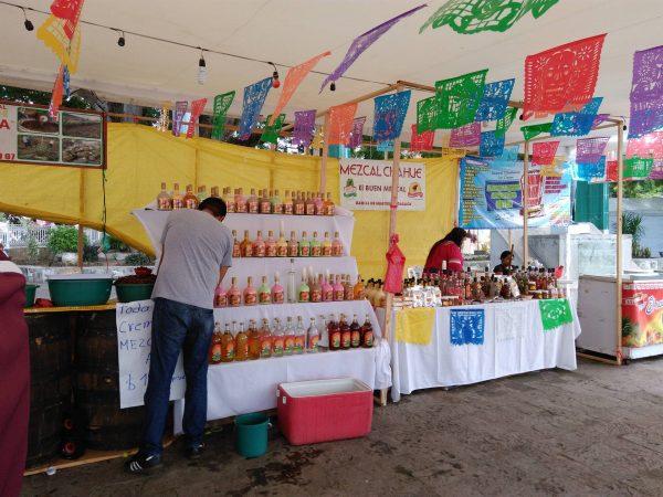 Este año la feria del mezcal en Tuxtepec no sera gratis para artesanos, ayuntamiento les cobrara
