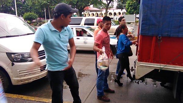 Continúa llegando ayuda para damnificados de Benemérito Juárez