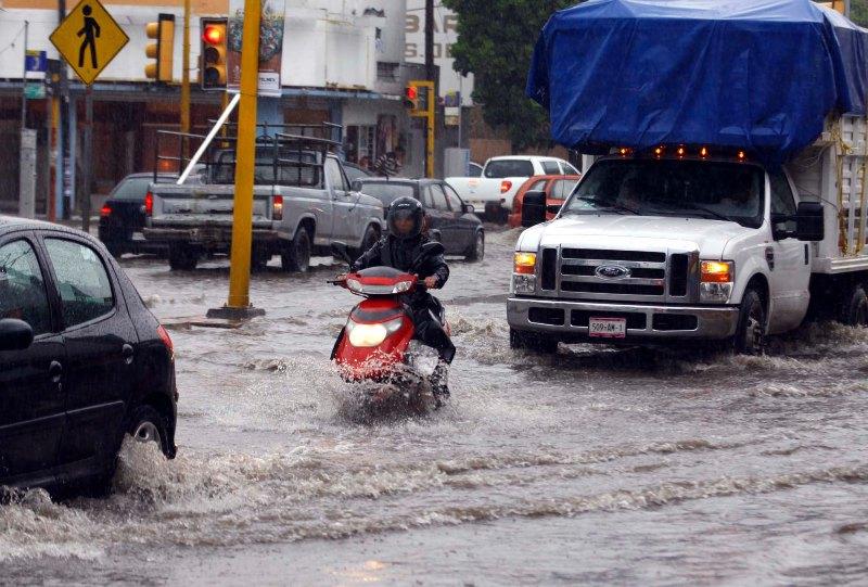 Ramón provoca desbordamiento de ríos en Oaxaca