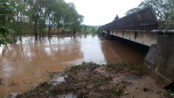 Alerta en Matías Romero por aumento del nivel de los ríos