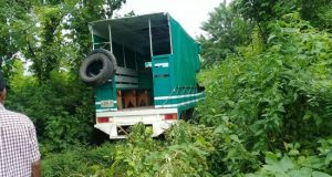 Asaltan camioneta de pasajeros en población de la Costa oaxaqueña