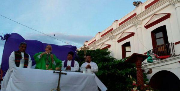 Recuerdan con misa a los 78 fallecidos por los sismos en Oaxaca