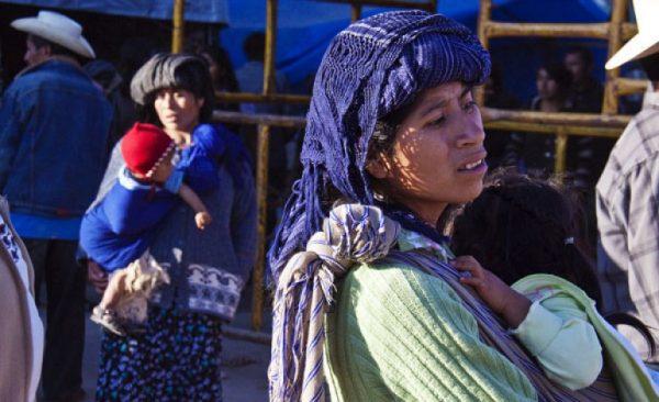 Emite Defensoría recomendación por hostigamiento a mujeres mixes