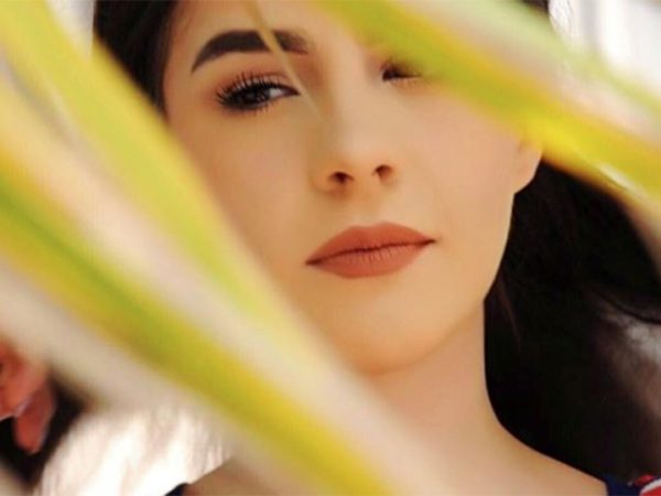 Hija de Biby Gaytán cautiva en Instagram
