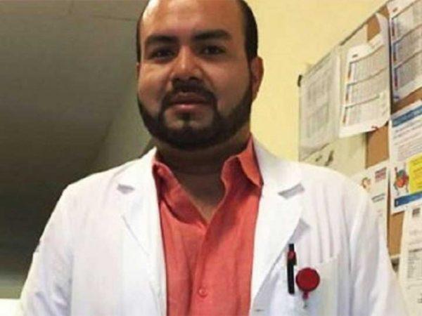 Hallan cuerpo de doctor tras 12 días desaparecido; no dan cadáver a familia