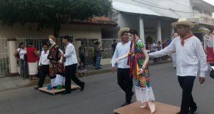 Realiza COBAO Tuxtepec primer desfile de la mexicanidad