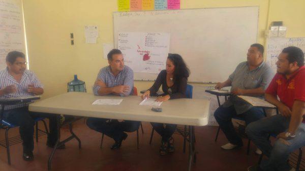 Tras presión, padres de la Roberto Colorado logran aulas provisionales