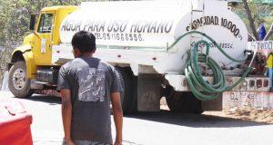Una pipa para cuatro días sin agua; reclaman colonos de Tuxtepec