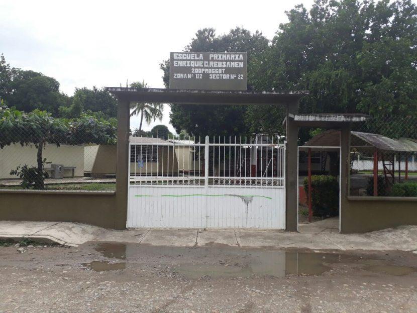Ejército revisa escuela de Tuxtepec; padres temían presencia de explosivos