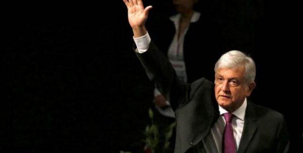 Morena y López Obrador presentan estrategia rumbo a 2018