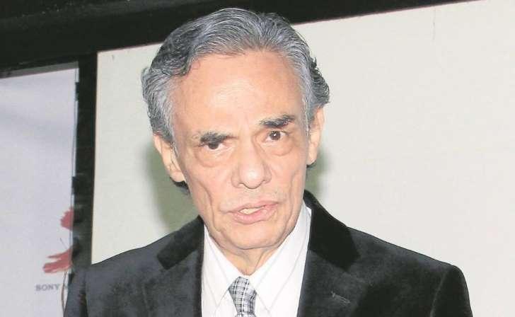 José José se operó y está libre de cáncer, dice publicista