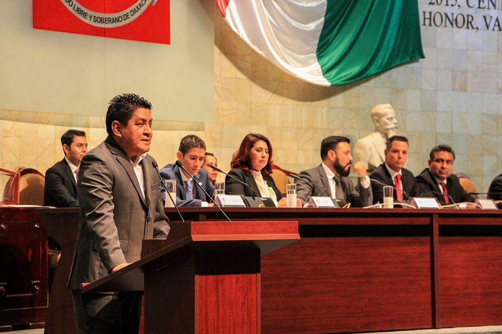 Alejandro Murat Hinojosa entrega su Primer Informe de Gobierno