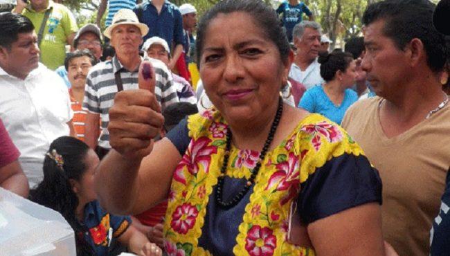 En plena crisis por el sismo, alcaldesa de Juchitán compró 12 camionetas