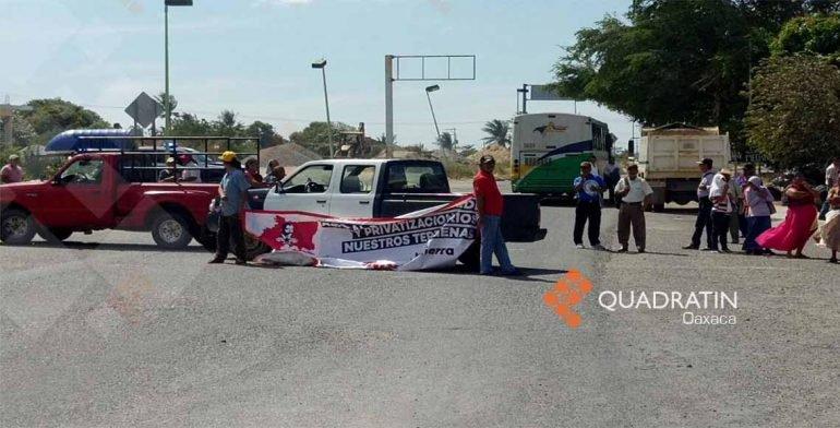 Bloqueo de carreteras en el Istmo impide el paso a Chiapas y Veracruz