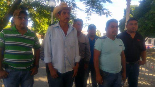 Padres de Familia de Loma de Piedra, denunciarán a la S-22 por desalojo