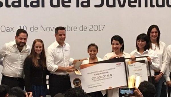 Reconoce el Gobernador impulso de jóvenes con la entrega del Premio Estatal de la Juventud 2017