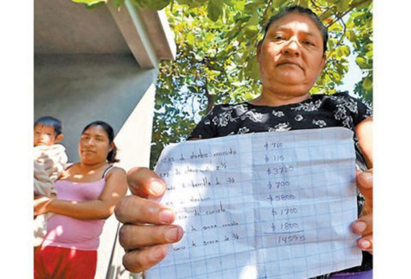 A 2 meses del sismo, juchitecos aún duermen en la calle