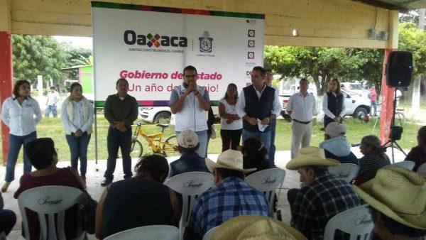 """Gabriel Cué lleva gira """"un año de trabajo"""" a Pueblo Nuevo"""