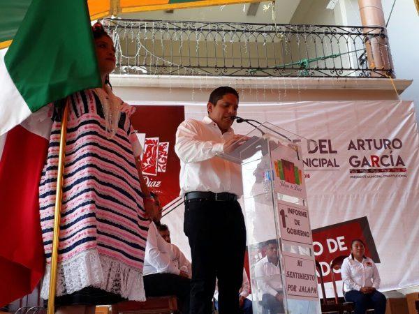 Con 53 obras de gran impacto rinde Presidente de Jalapa de Díaz Primer Informe de Resultados.