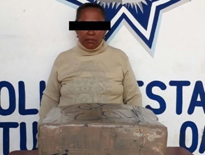 Detienen a mujer en Tuxtepec, con más de 12 kg de marihuana