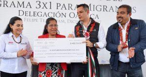 Entrega AMH recursos del Programa 3x1 para Migrantes a municipios de Oaxaca