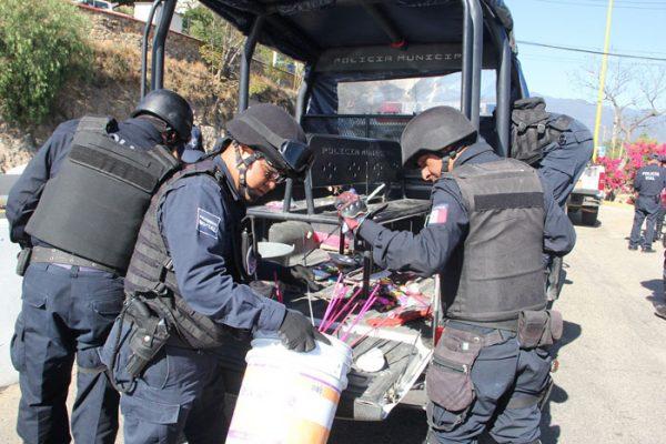 Decomisan 500 kilogramos de pirotecnia en Oaxaca