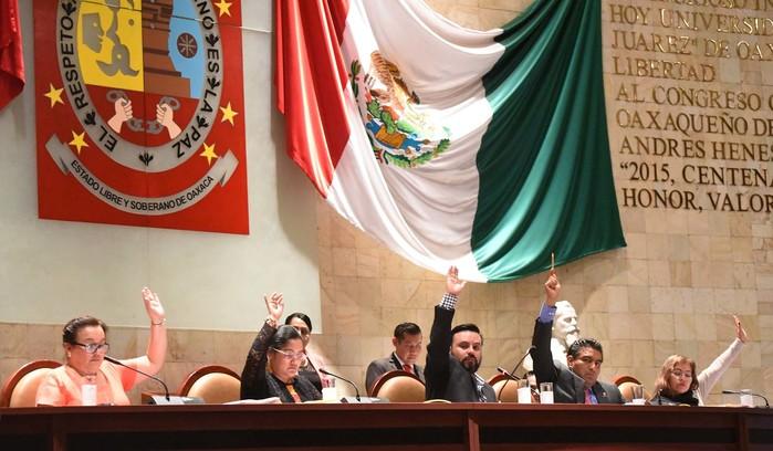 Emplazan diputados a Protección Civil y Salud