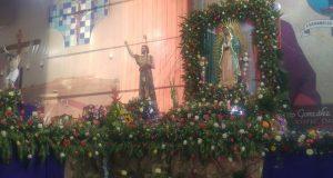 Con peregrinación, católicos de Tuxtepec celebran a la Viegen de Guadalupe
