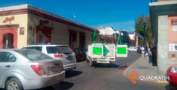 Mantienen bloqueo en Centro Histórico de Oaxaca