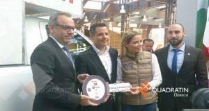 Dona Turquía 2 ambulancias equipadas para desastres naturales a Oaxaca