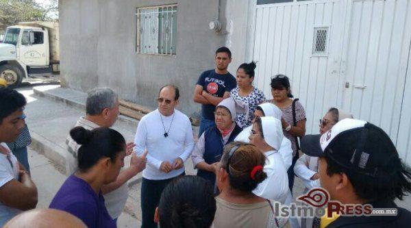 Denuncia Solalinde Guerra que camioneros afines al diputado del PRI, David Aguilar Robles impiden cumplir con ayuda solidaria