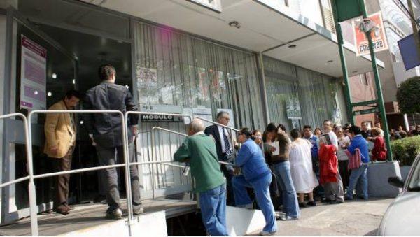 """Sanciona INE con 323 mil pesos al PRI por """"turismo electoral"""""""