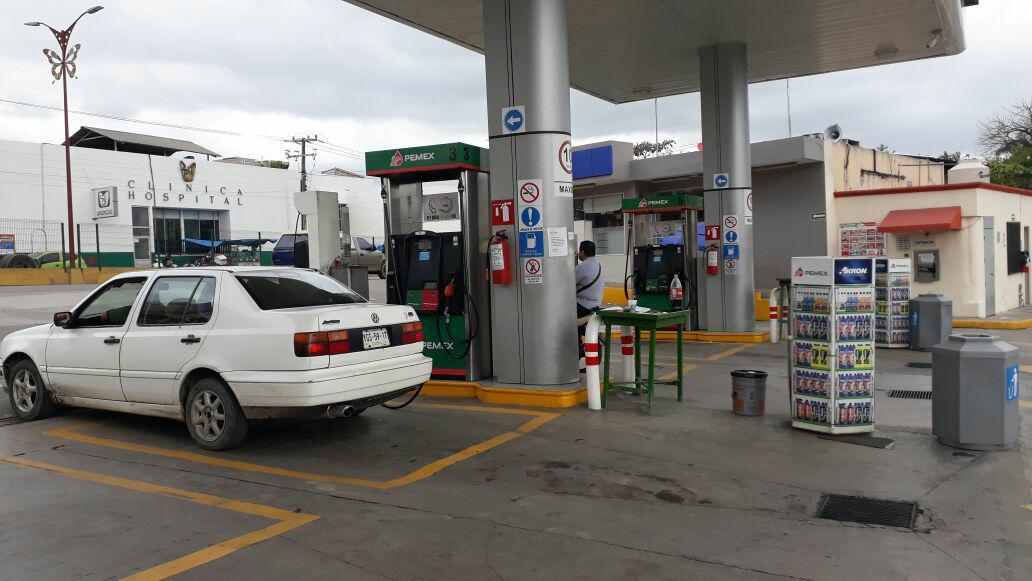 Usuarios piden intervención de Diputados ante gasolinazos