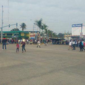 Sección 22 y Sector Salud, realizan bloqueos y manifestaciones en Tuxtepec