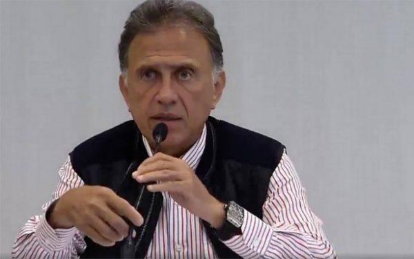 """Hallan nueve cuerpos en Veracruz; """"no eran personas de bien"""", asegura Yunes"""