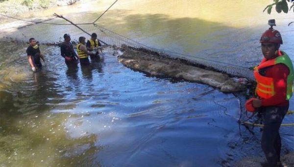 Hallan a un ahogado; siguen desaparecidos tres en Oaxaca