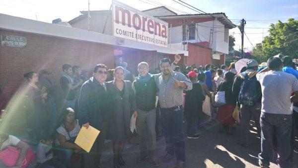 En Morena se registran Orozco y Cruz Alejandro como precandidatos a la municipal y diputación local