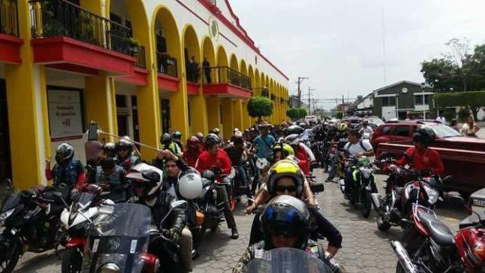 Motociclistas de Tuxtepec, rechazan pagar impuesto de verificación