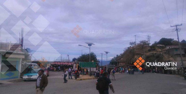 Pide CNTE liberar a un preso con bloqueo en Oaxaca