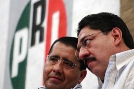 """Jorge Franco """"El Chuky"""" acusado por la Sección 22 de represor en el 2006 , ahora es en Oaxaca asesor de MORENA"""