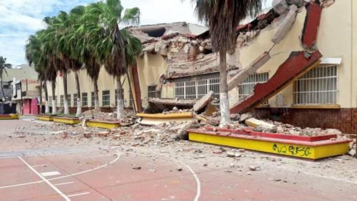Suspenden clases en Juchitán por inconformidad en reconstrucción