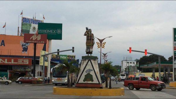 Monumento de Flor de Piña, el ícono que exhibe el desinterés de las autoridades