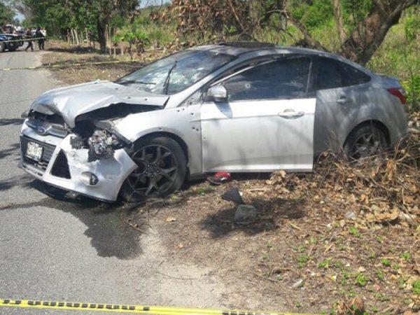 Graban balacera en carretera de Tabasco; hay dos muertos +VIDEO