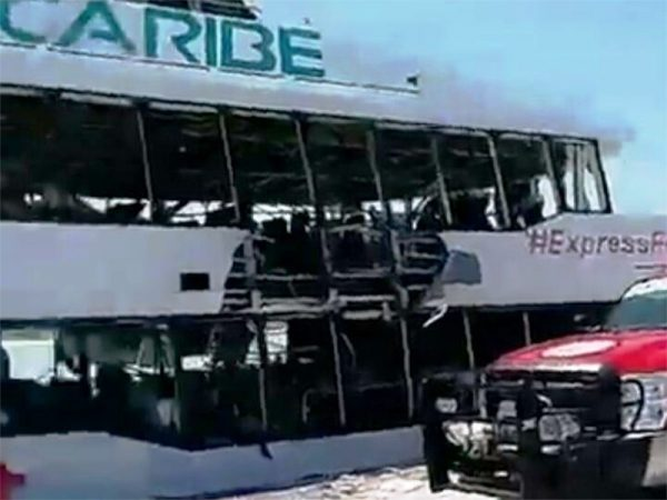 Así fue la explosión en ferry en Playa del Carmen; 18 heridos
