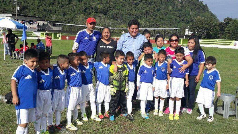 El deporte debe ser prioridad para complementar la disciplina y educación: Irineo Molina