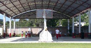 Escuela de Valle desacata orden el IEEPO