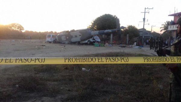 Identifican a 14 personas fallecidas en Jamiltepec por caída de helicóptero